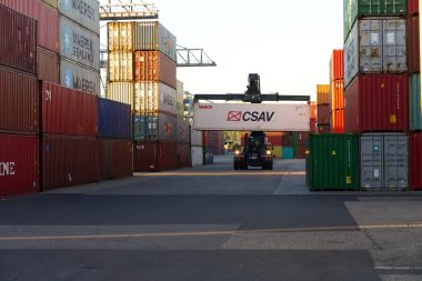 container-3783873_1920