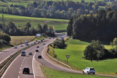 highway-3668389_1920